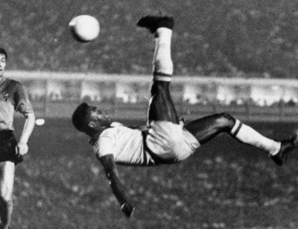 According to the IFFHS, Pelé is the most successful league goal scorer in the world, with 541 league goals. In total Pelé scored 1281 goals in 1363 games, including unofficial friendlies and tour games, for which he was listed in the Guinness World Records for most career goals scored in football.