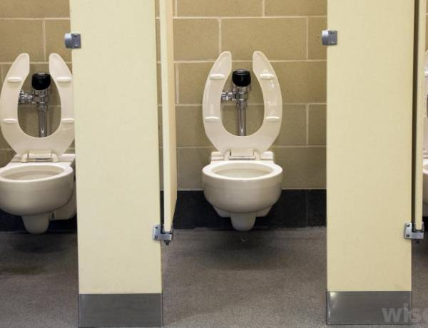 If you don't flush a public toilet after yourself in Singapore and get caught, expect a fine of at least 150 USD, and that's only if you'are a first-time offender.