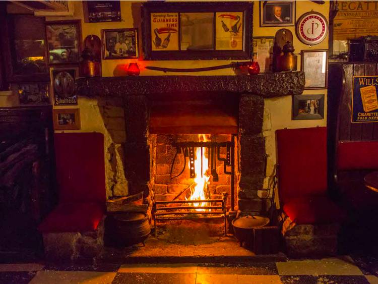 Ireland's oldest pub dates back to the year 900 CE.