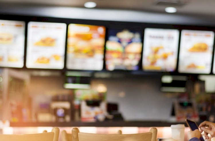 In 1998, more fast food restaurant workers were murdered on the job in the United States than police officers.
