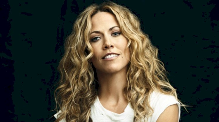 Sheryl Crow's two front teeth are fake. She lost her two front teeth twice. Once when she was 8, and later in her pre-fame music career.