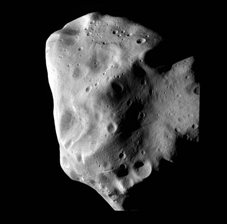 """Tom Hanks had an asteroid named after him which was called """"12818 tomhanks""""."""