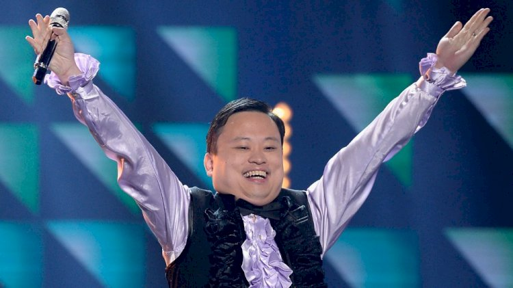 """William Hung, made famous for his appearance on American Idol singing """"She Bangs"""", is a 73rd generation descendant of Confucius."""